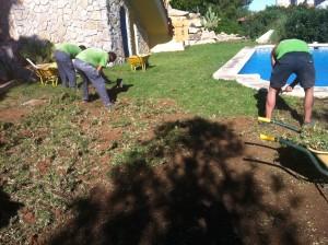 Preparación del terreno para instalar césped artificial